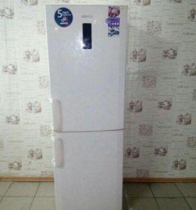 Холодильник x0 BEKO CN328220AB