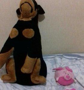 Мягкая игрушка, собака большая и свинка