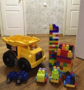Конструктор и машина Mega Blocks