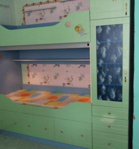 Комплект детской мебели б/у из МДФ