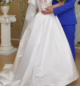 Свадебное атласное платье