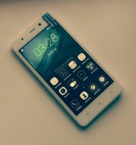 Новый, стильный смартфон с камерой от Sony 13mp