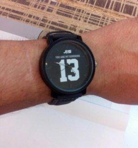 Часы 13