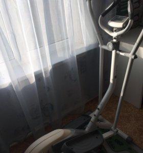 Элептический тренажёр