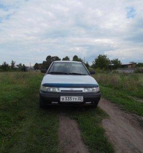 автомобиль ваз2112
