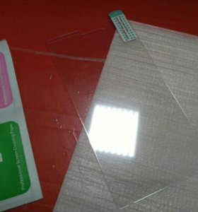 Защитное стекло на т. Sony Ericsson ST26i