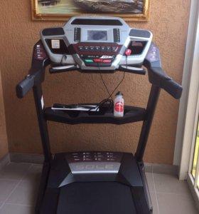 Беговая дорожка Sole fitness F63