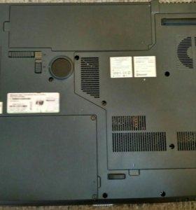 Ноутбук-Acer aspire 7520 series