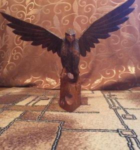 Орёл из дерева ручная работа