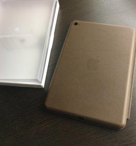 Чехол коричневый iPad mini 4