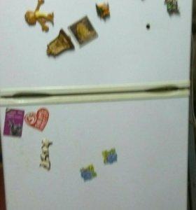 Холодильник на запчасти или починку