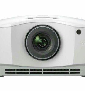 Новый 3D проектор Sony VPL-HW65ES