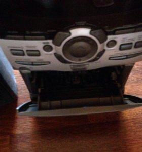 Музыкальный центр (кассета и DVD+колонки)