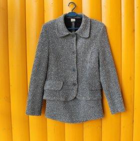 Костюм- двойка: пиджак и юбка