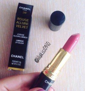 Помады Chanel глянец