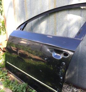 Левая передняя дверь на Volkswagen Passat B6