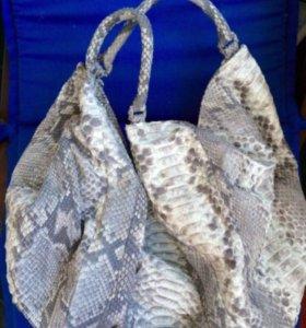 Новая сумка из кожи питона