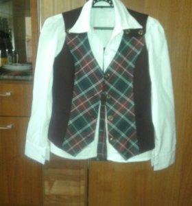 Продам 3-4 класс,юбка блузка и жилетка,сарофан .