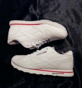 Новые женские кросовки Reebok
