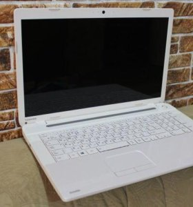 Ноутбук TOSHIBA SATELLITE C70-A-K2W