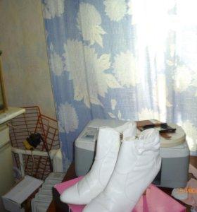 белые ботинки с бантиком