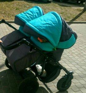 Детская коляска для двойни.близнецов.погодок