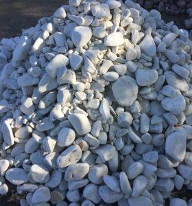 Белый мрамор для мощения дорожек