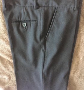 Школьные брюки, жилет и рубашка