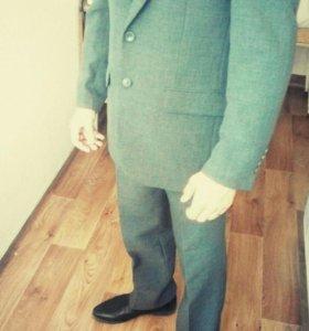 Продам мужской костюм, тройка.