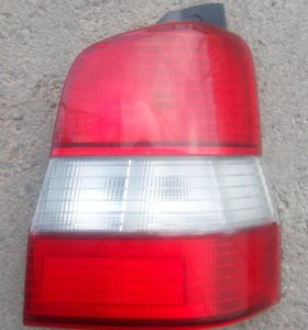 Стоп сигнал на Mazda Demio DW3W '96-'99 правый 4781