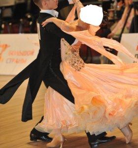 Продаю платье для бально -спортивных танцев
