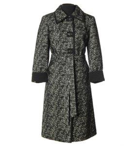 новое пальто р.60