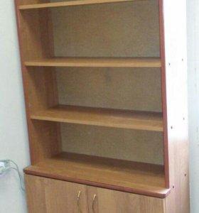 Шкаф для книг и документов