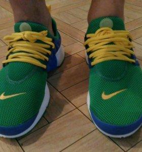 Nike Новые!!!