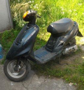 Продам скутер Yamaha Jog 49куб.