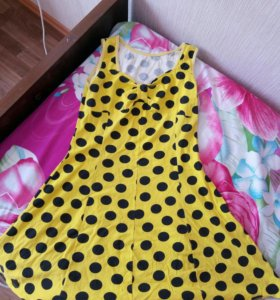 Платье в горошек