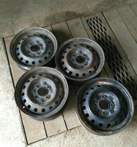 диски R 14 4 дыр / 114.3 ниссан