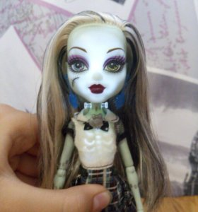 Кукла Monster High Френки с подсветкой.