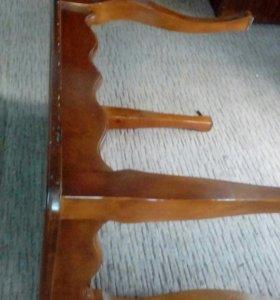 Продам стол ручной работы дубовый.