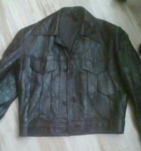 б/у кожаная куртка