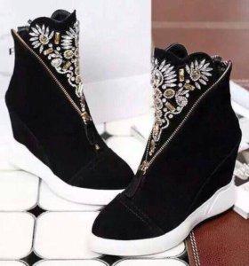 Новые осенние ботиночки 😍