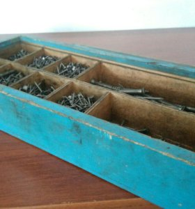 Ящик для хранения гвоздей