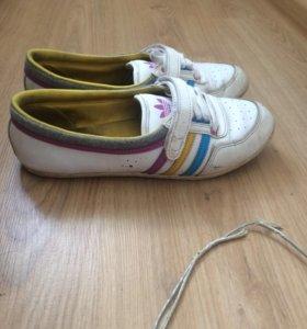 Кеды, кроссовки(adidas)