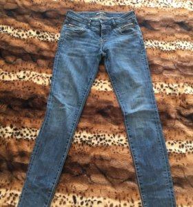 Продам новые джинсы c&a