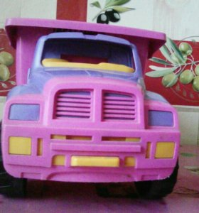 Детский грузовичок
