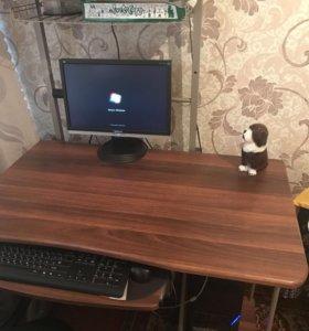 Продам компьютерный стол и компьютер
