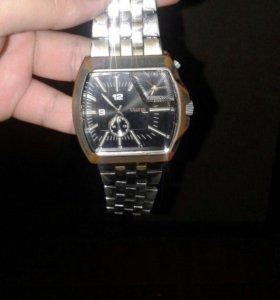 продам отличные часы наручные, водонепроницаемые