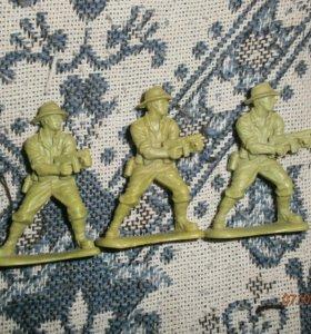 Солдатик пластмасса