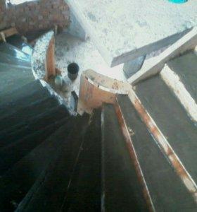 Заливка бетонных лестницы