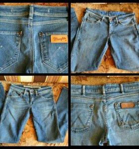 Две пары джинс Wrangler W28/L34 фирменные